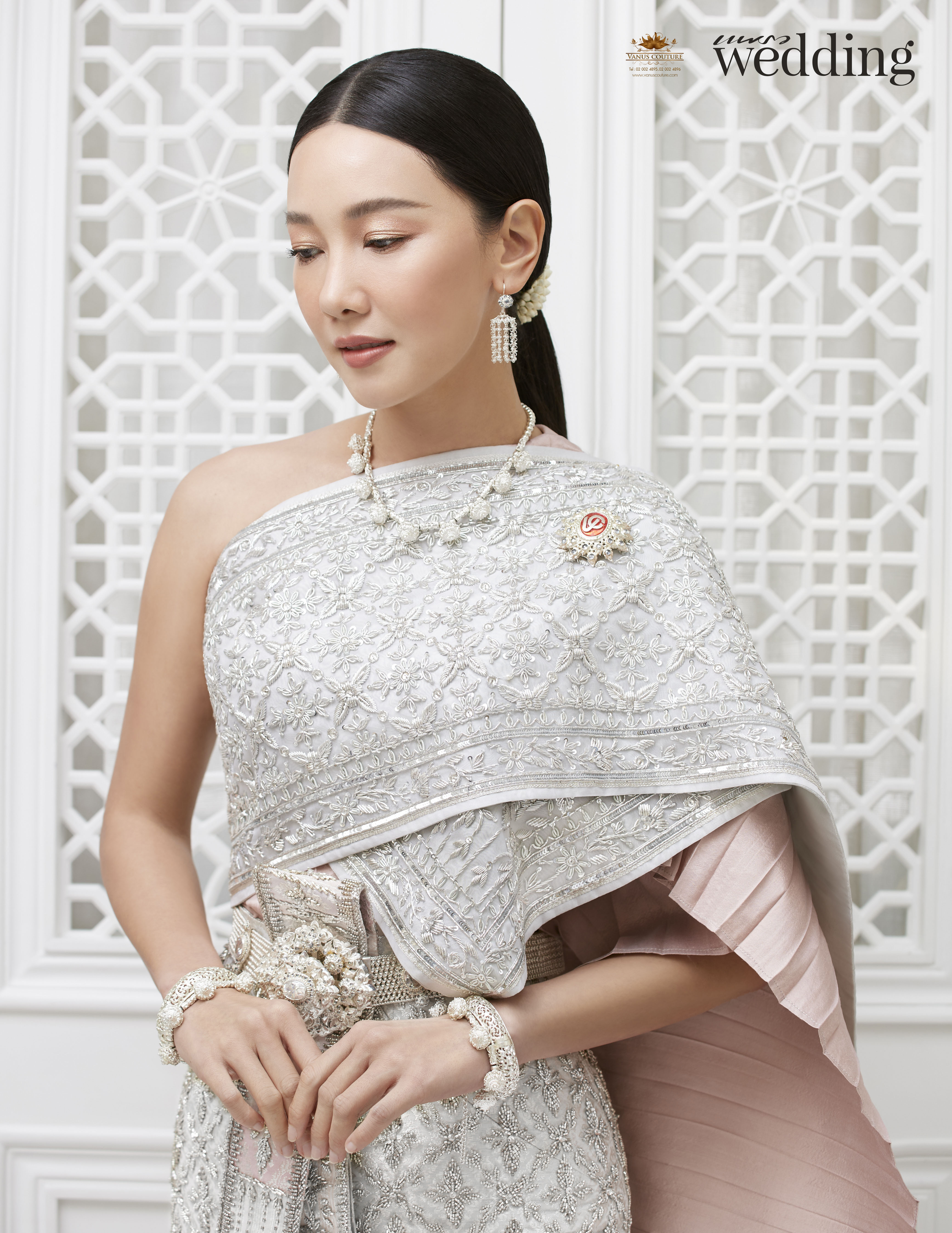 Thai traditional dress - Nune 05