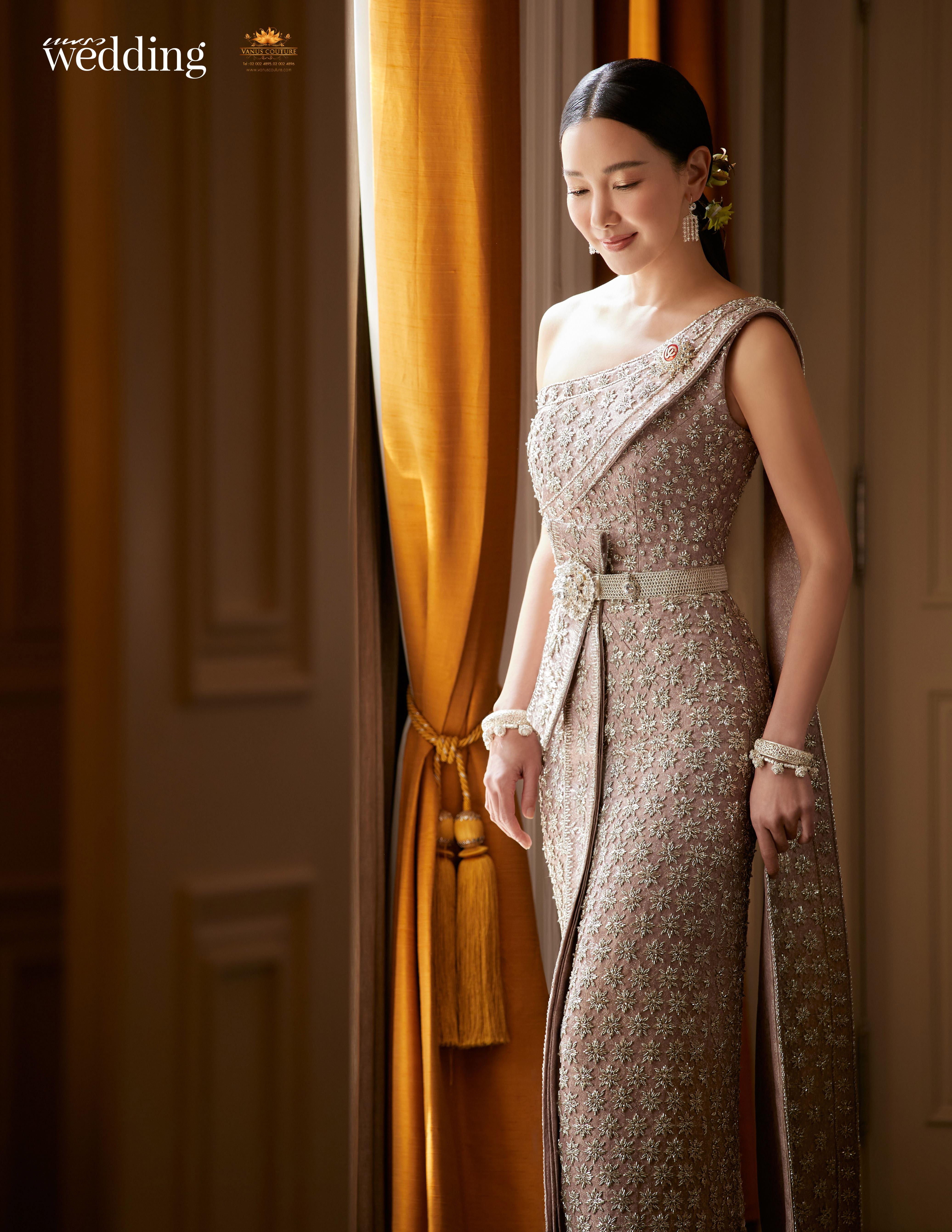 Thai traditional dress - Nune 06