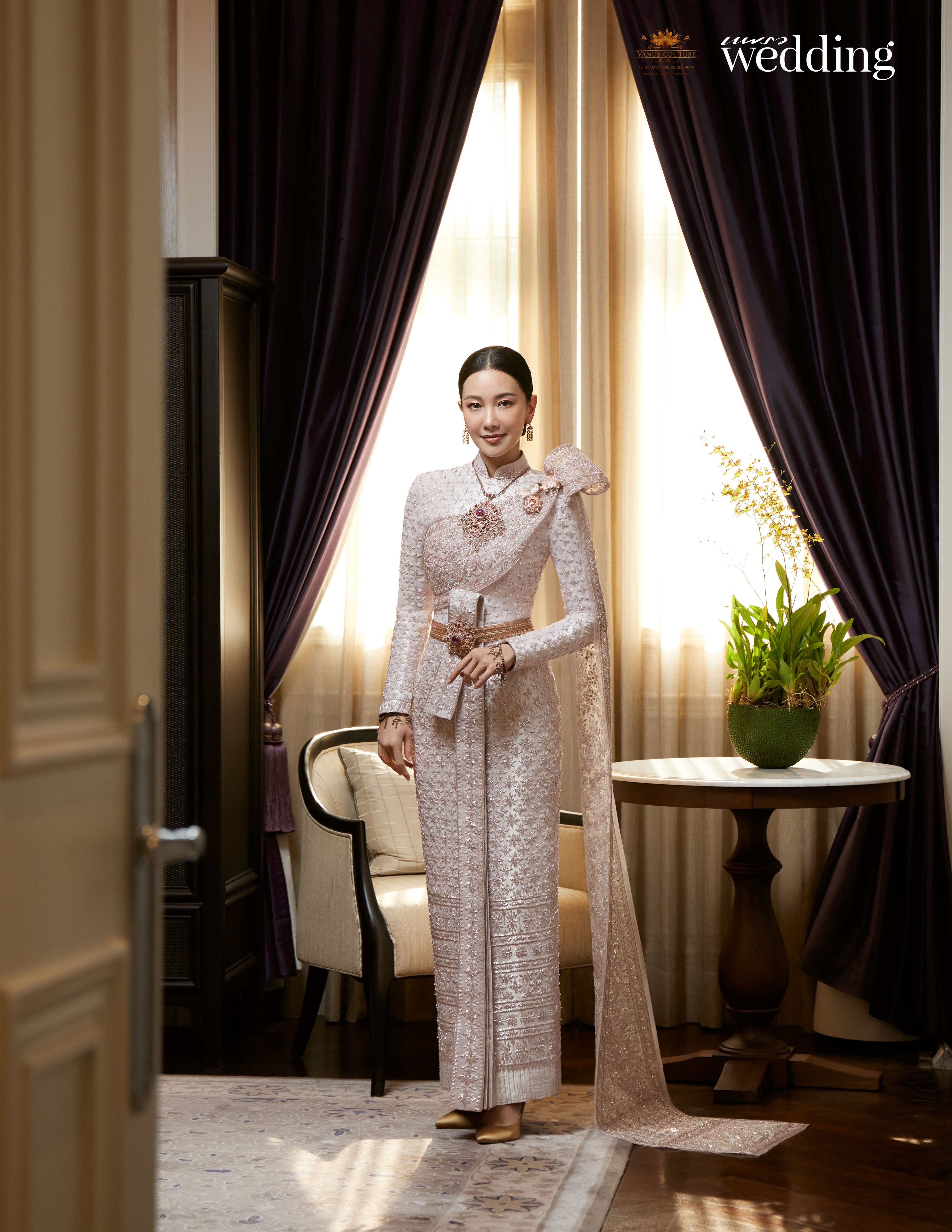 Thai traditional dress - Nune 08