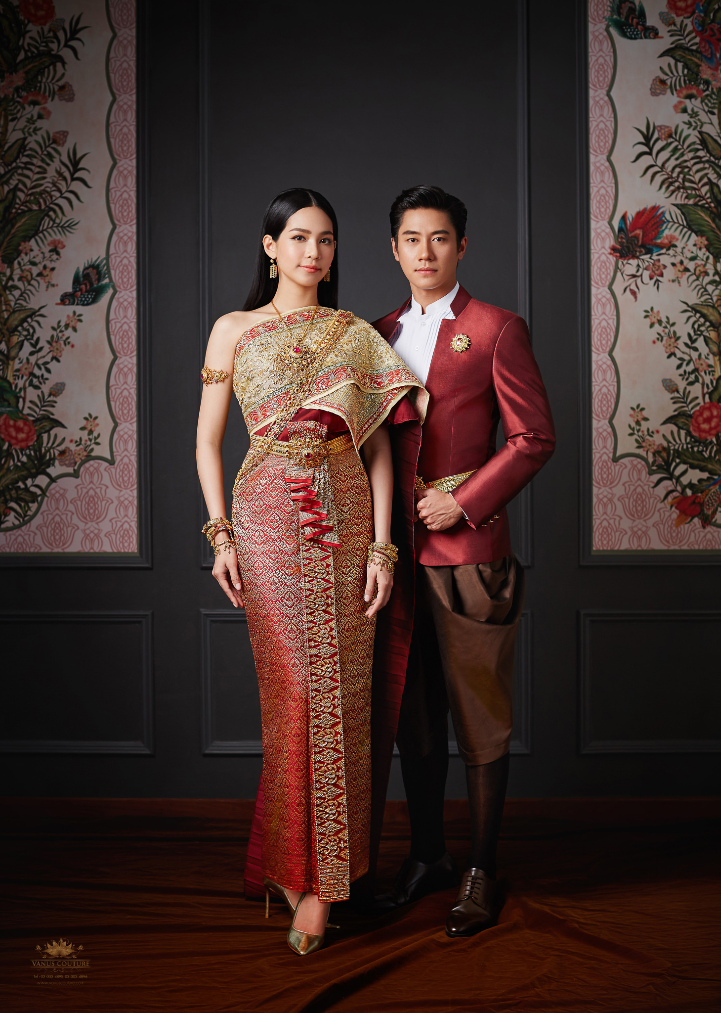 Thai traditional dress - Bint 01