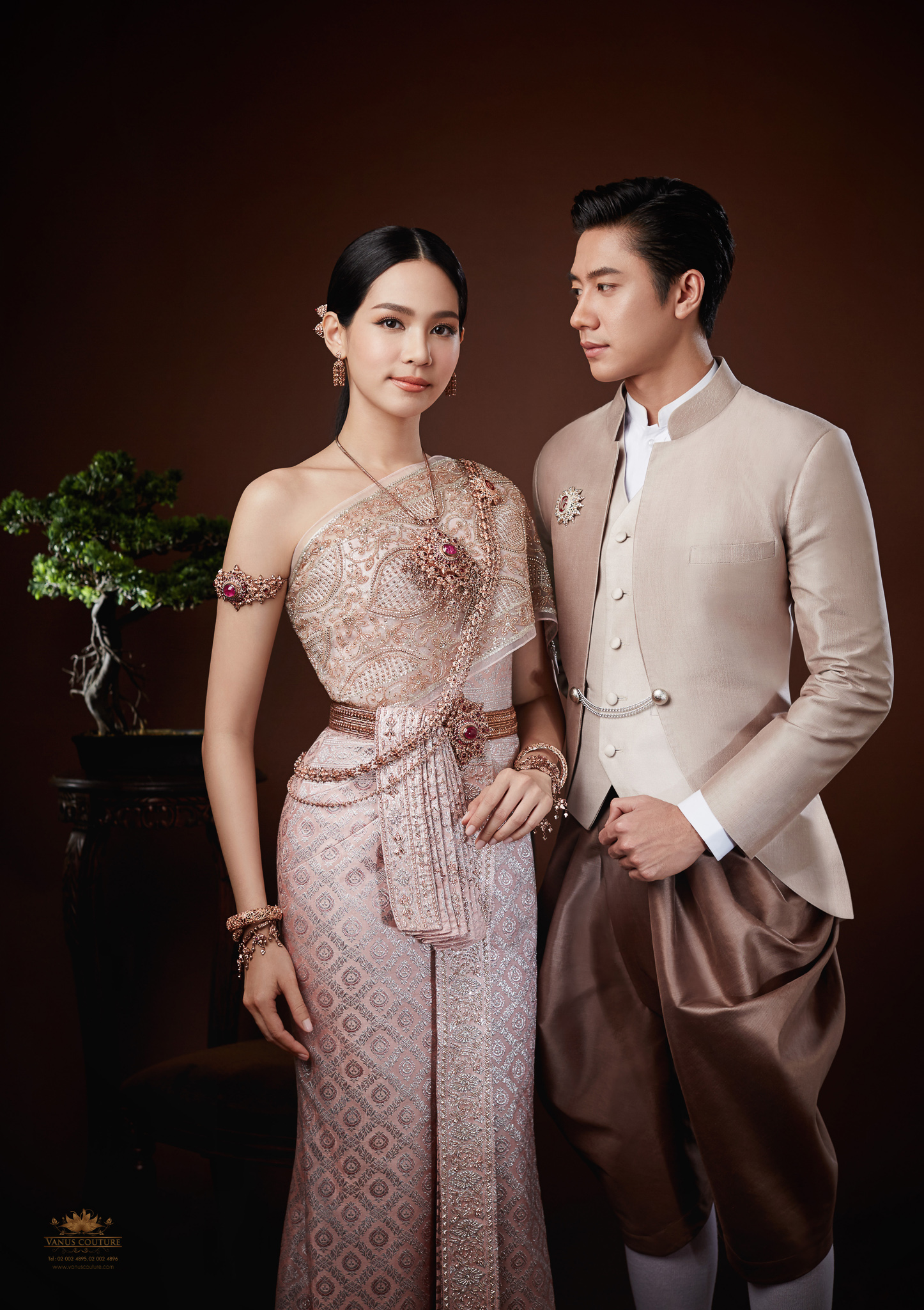 Thai traditional dress - Bint 06