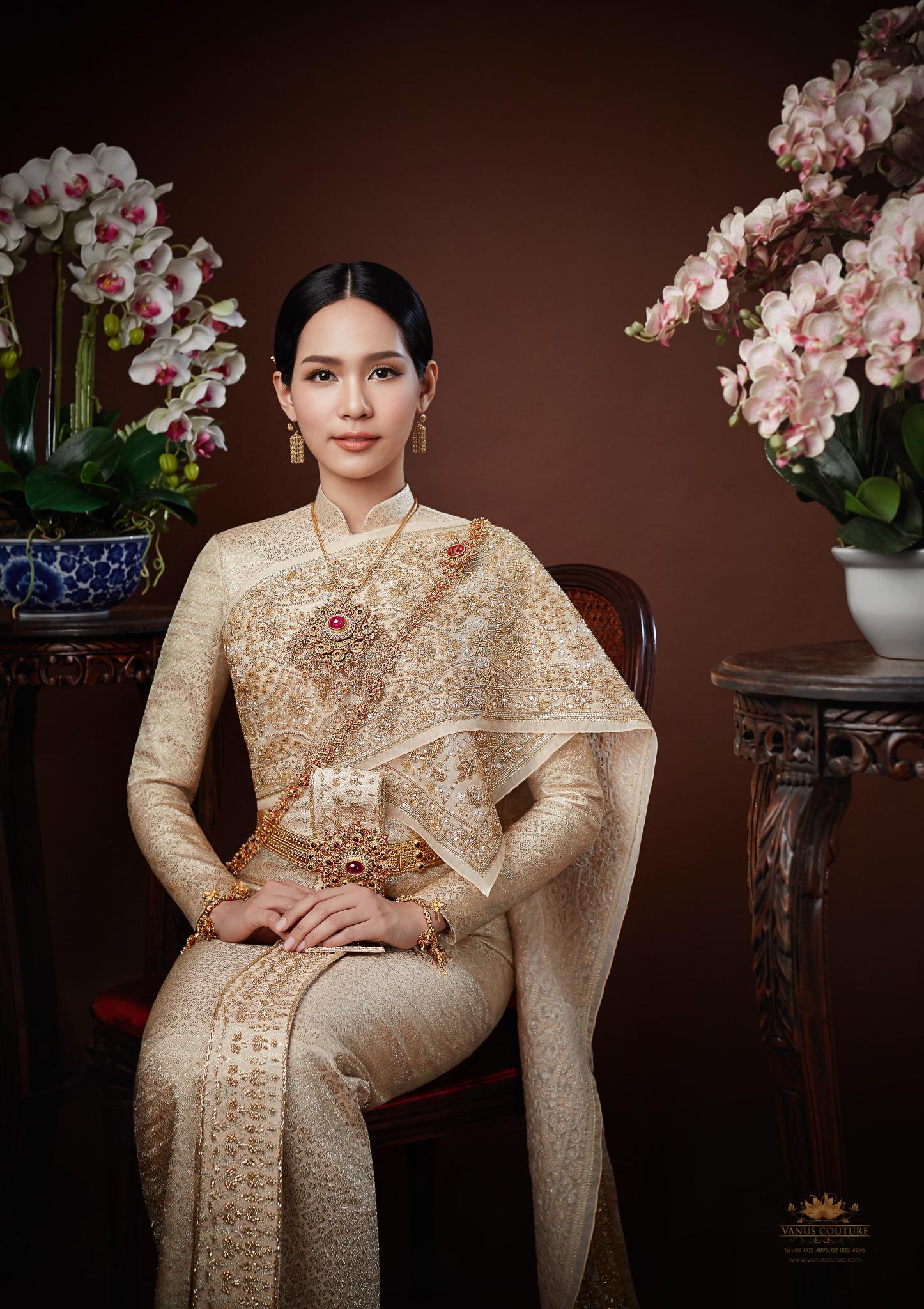 Thai traditional dress - Bint 07
