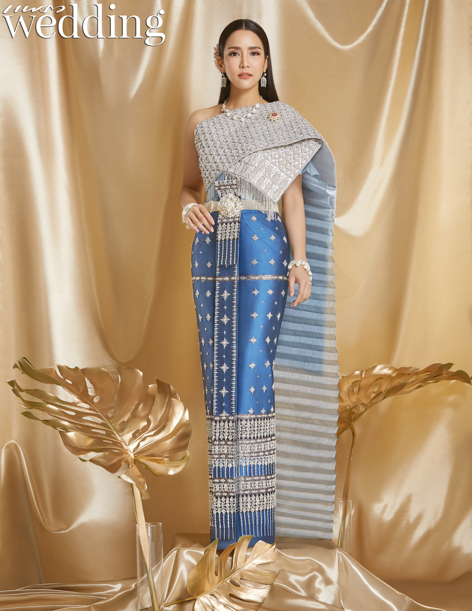 Thai traditional dress - Jakjaan 03