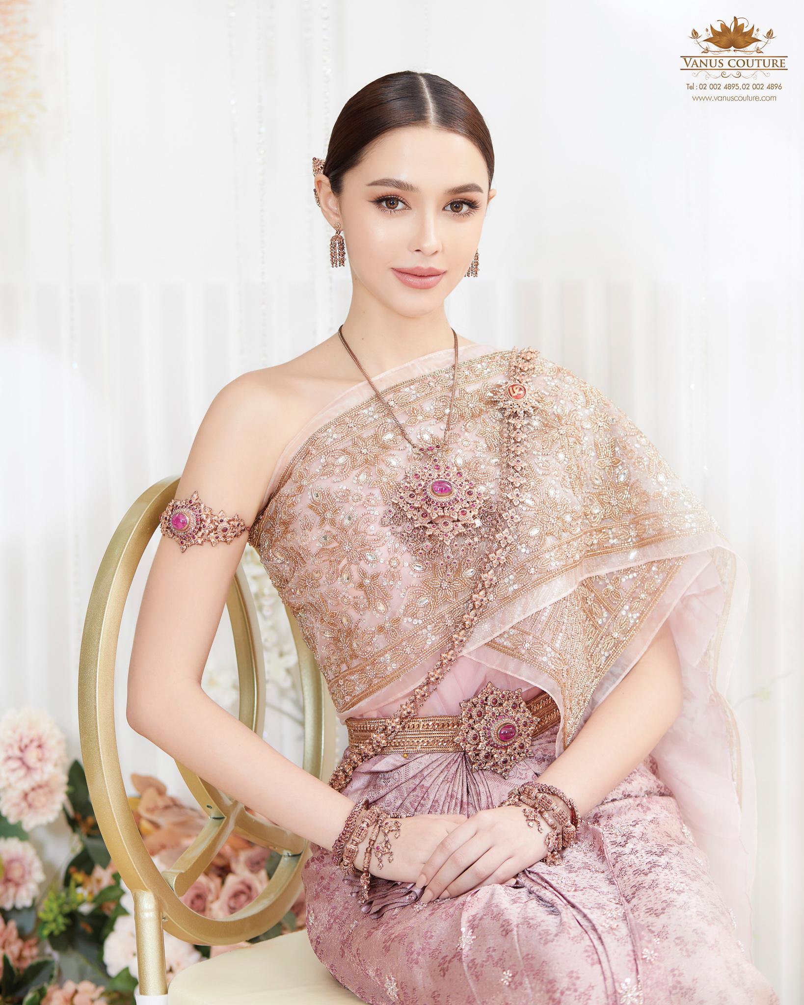 Thai traditional dress - Patricia 03