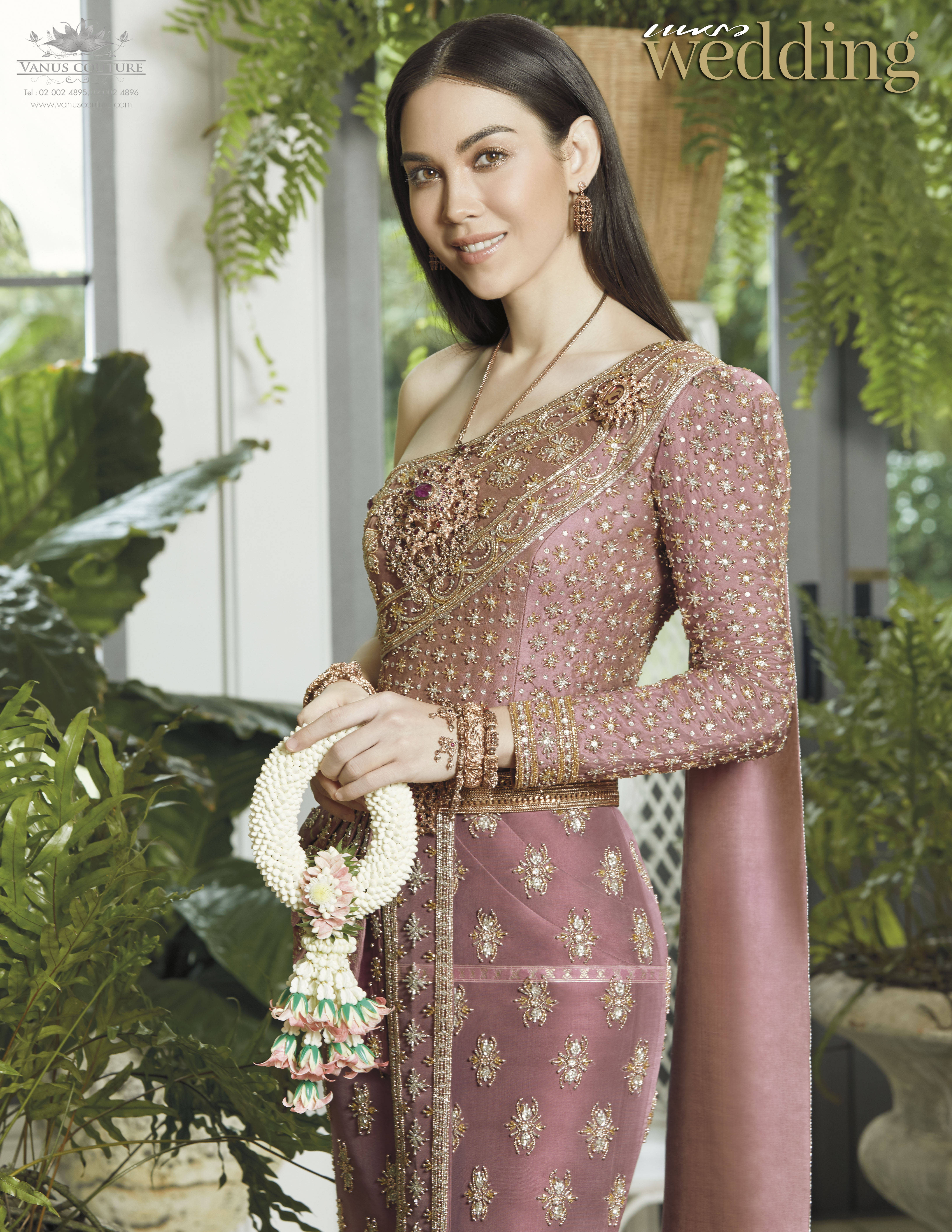 Thai traditional dress - Matt 02