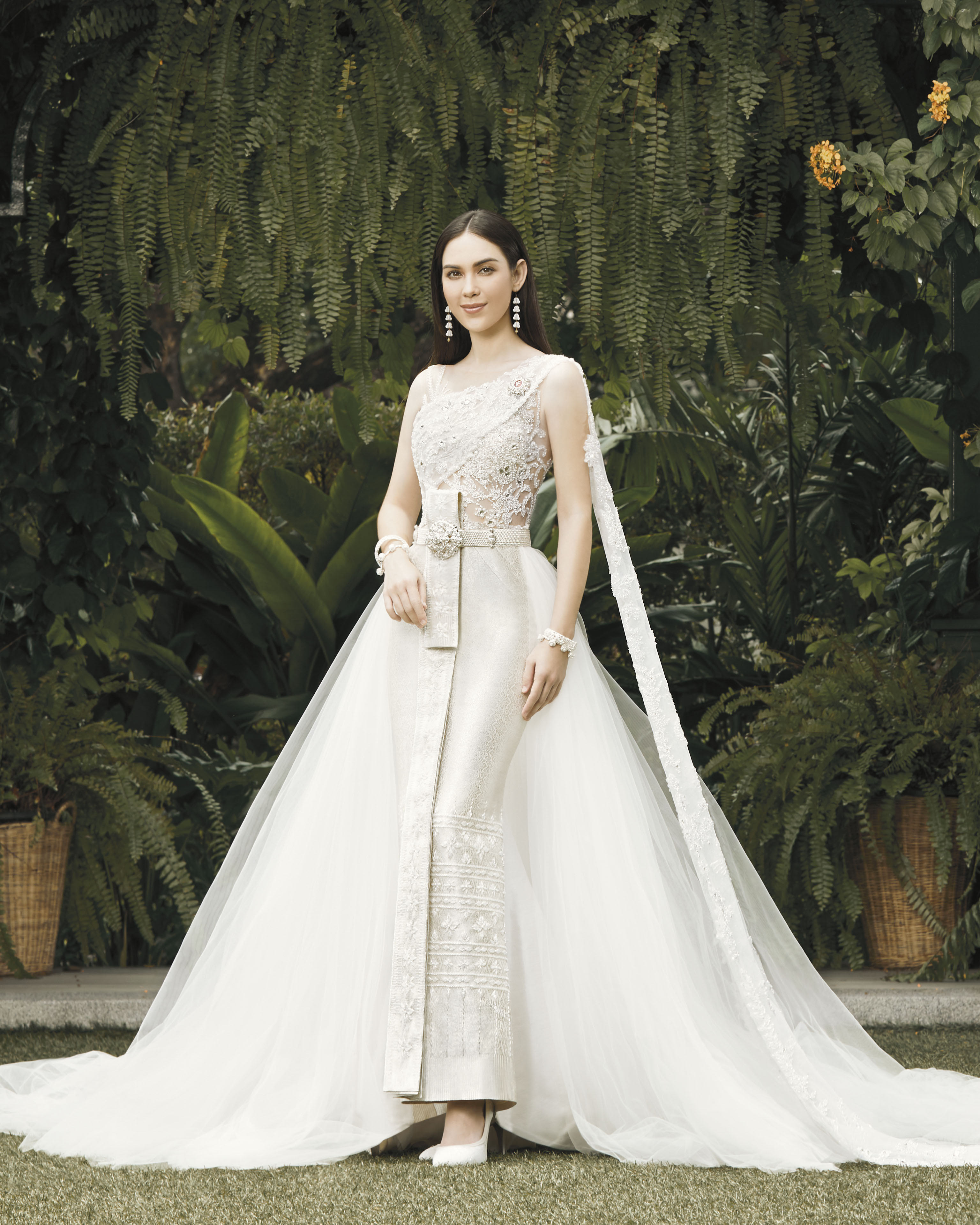 Thai traditional dress - Matt 03
