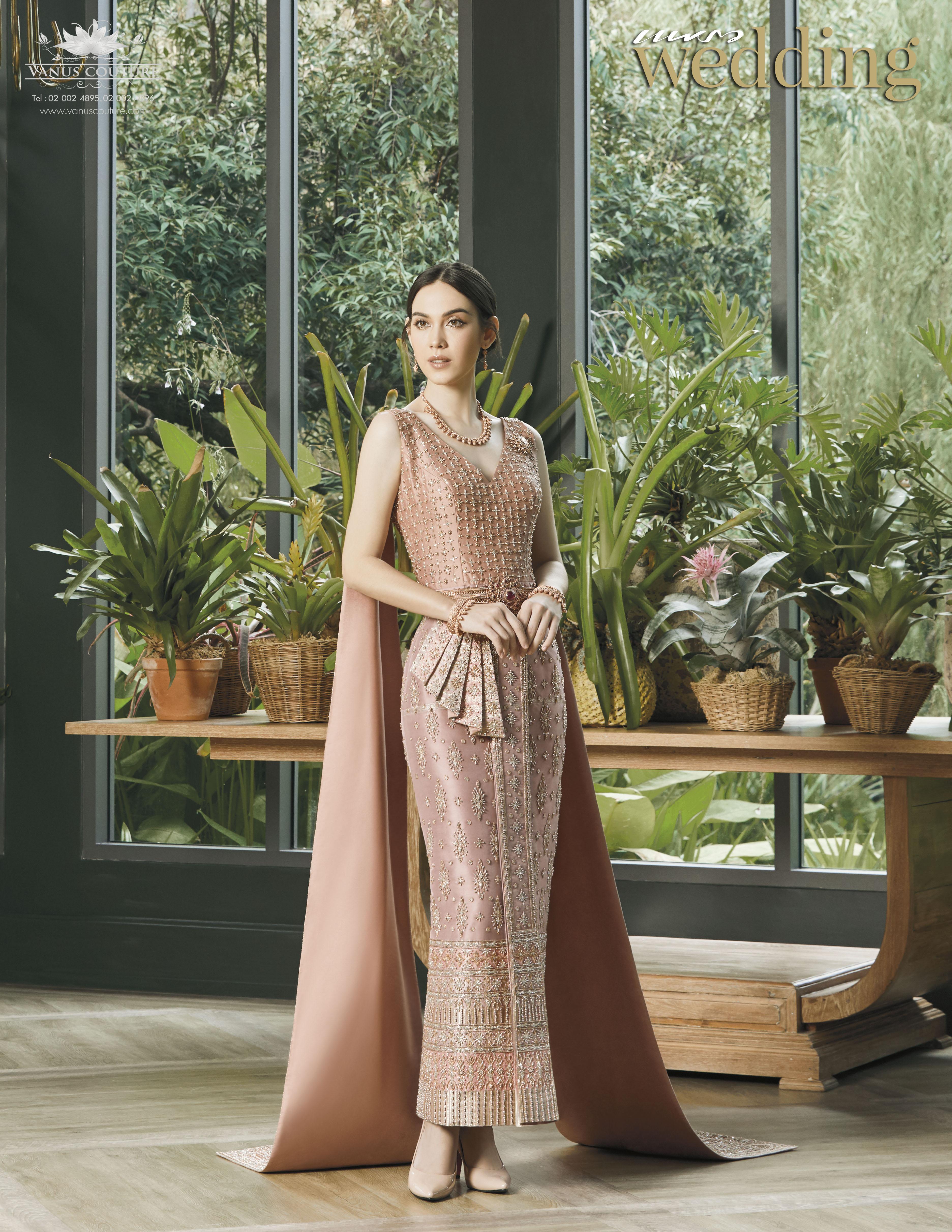 Thai traditional dress - Matt 04