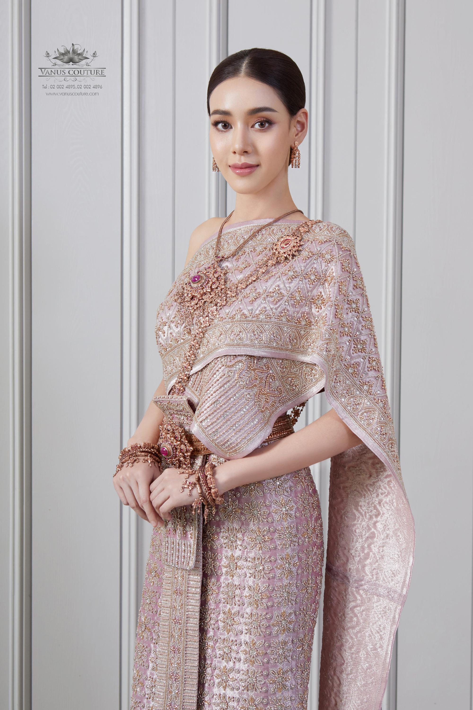 Thai traditional dress -  Toon 02