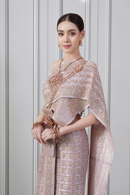 Thai traditional dress -  Toon