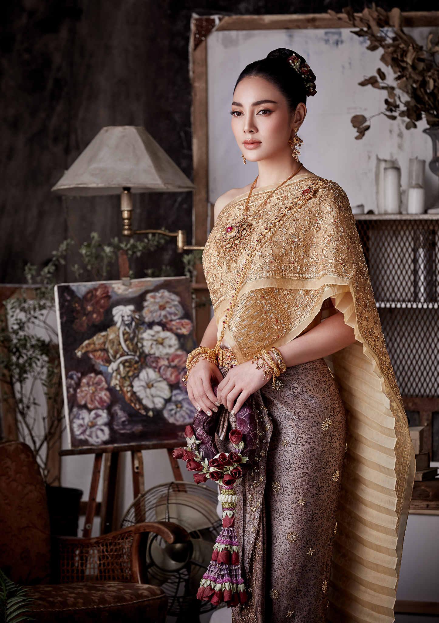 Thai traditional dress - Tak 01