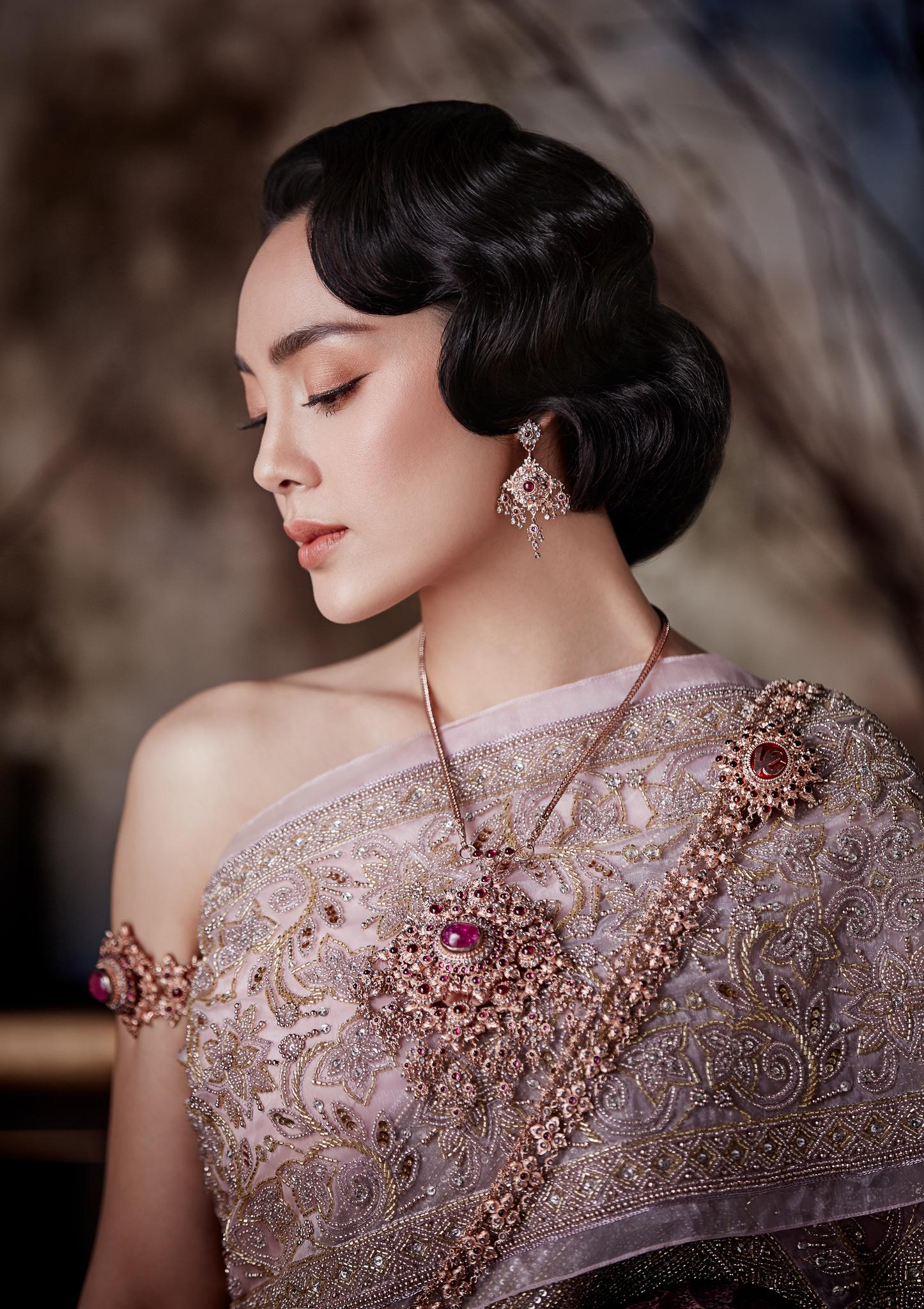 Thai traditional dress - Tak 06