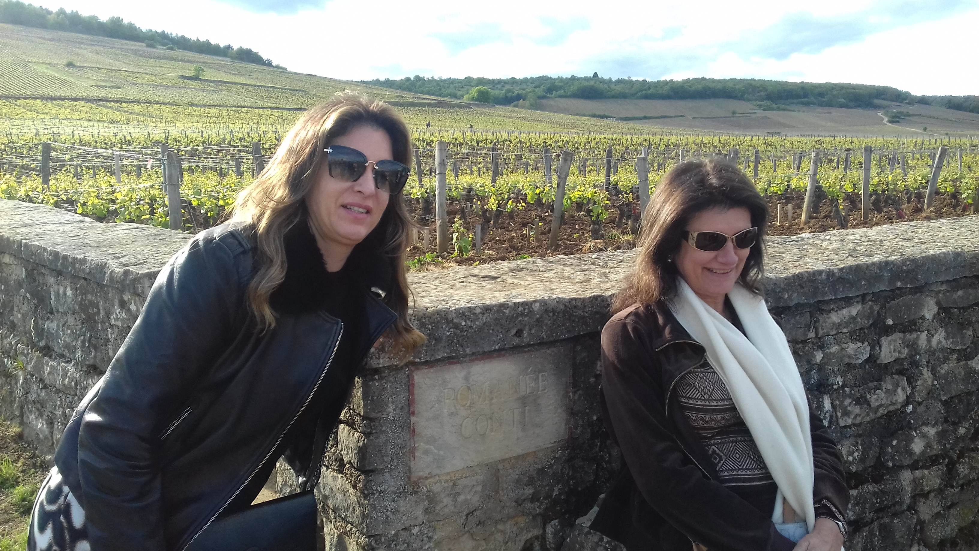 portrait of guests during wine tour