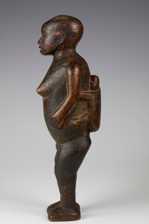 8. Mother and Child Figure