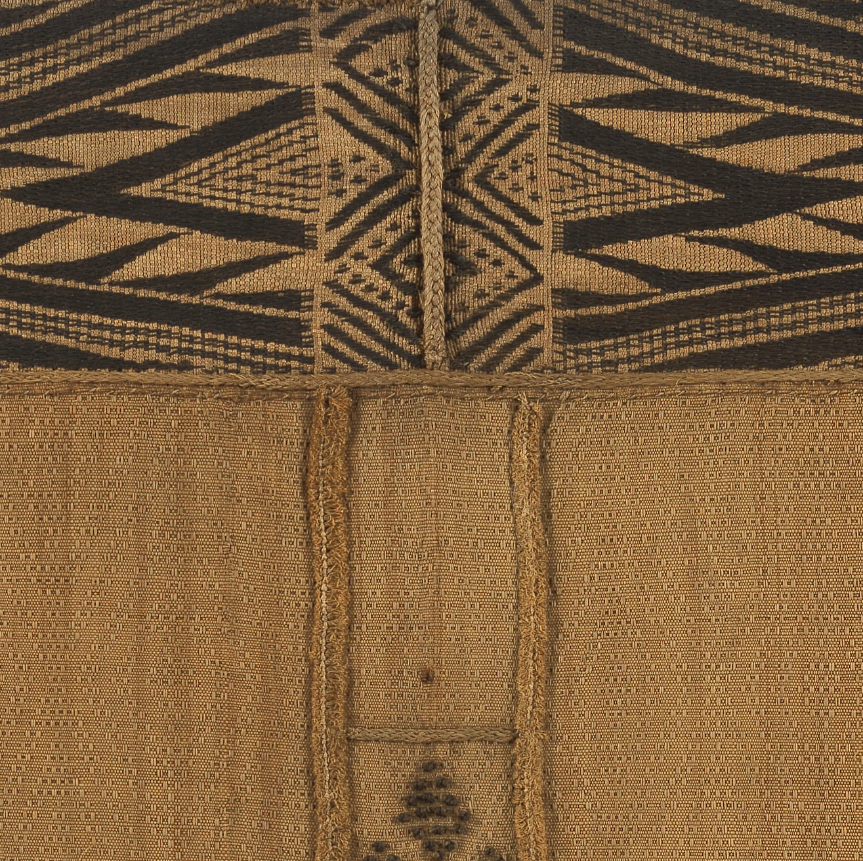 Mbuun Woman's Skirt