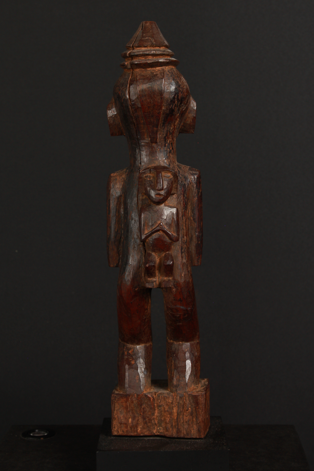 Dayak statue