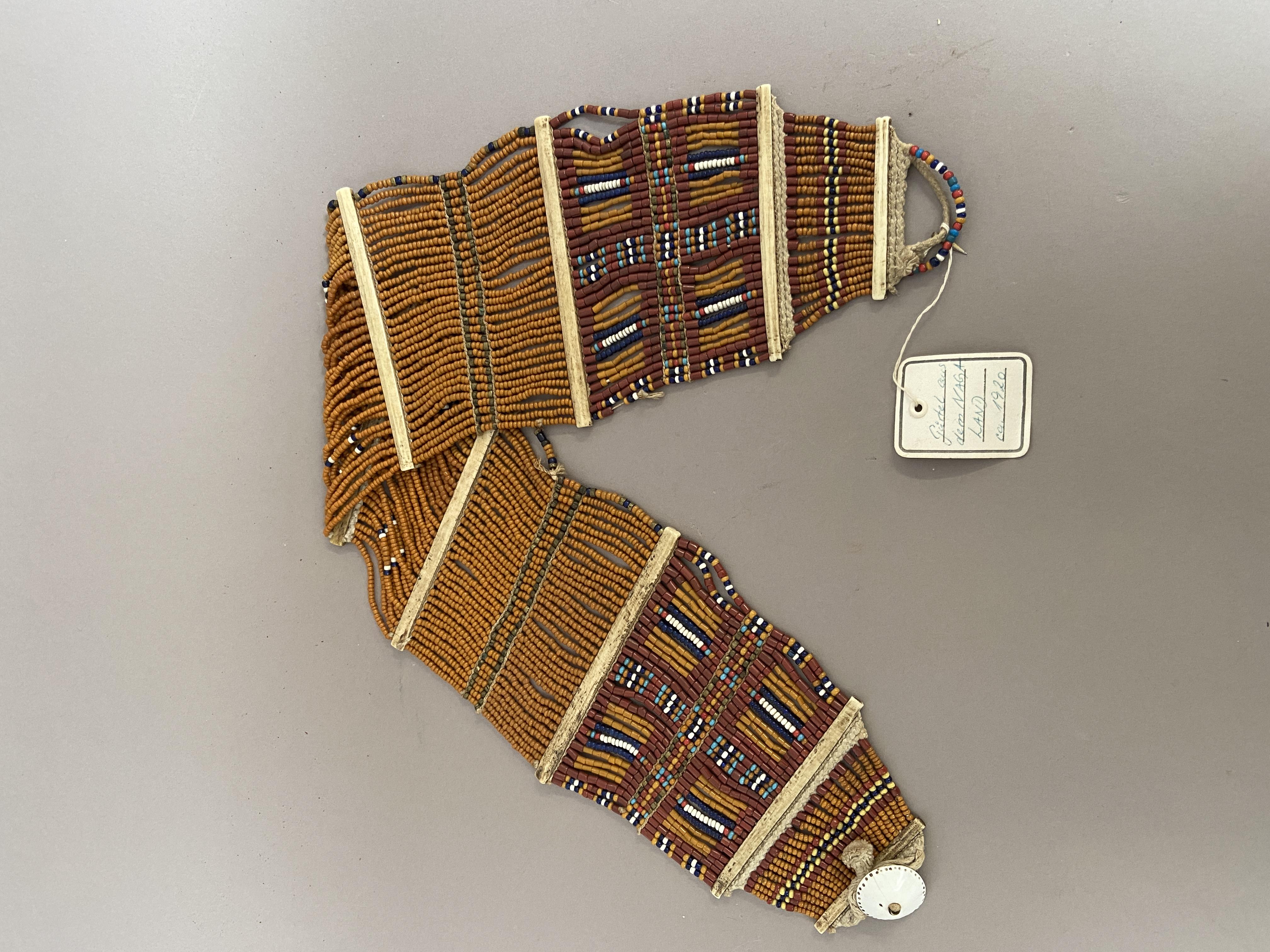 Naga belt