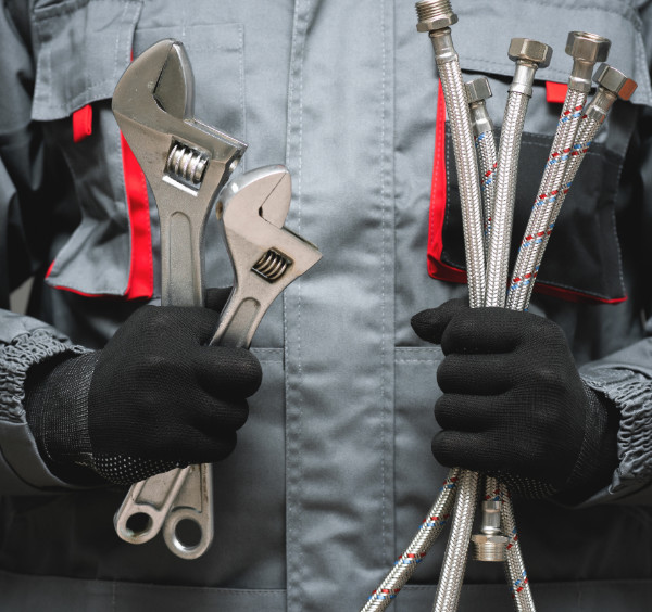 Follow these easy steps to request a plumber in the event of an emergency