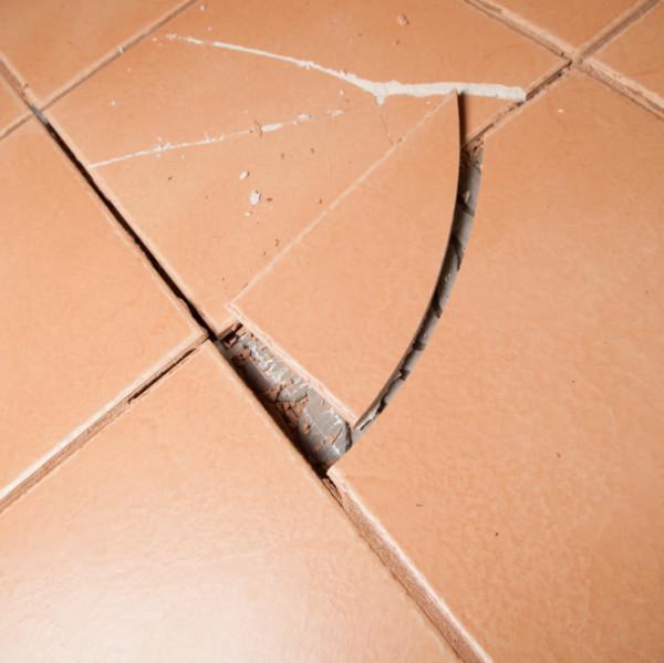 lifting tiles
