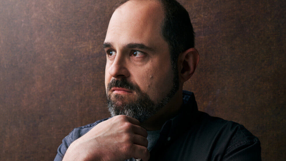 How Does Emmy-Winning Writer Craig Mazin Structure a Story?