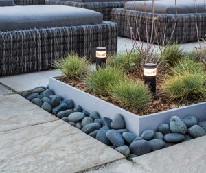 Tidy lines in a modern patio design