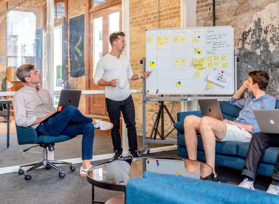 Bild zeigt ein Start Up Meeting