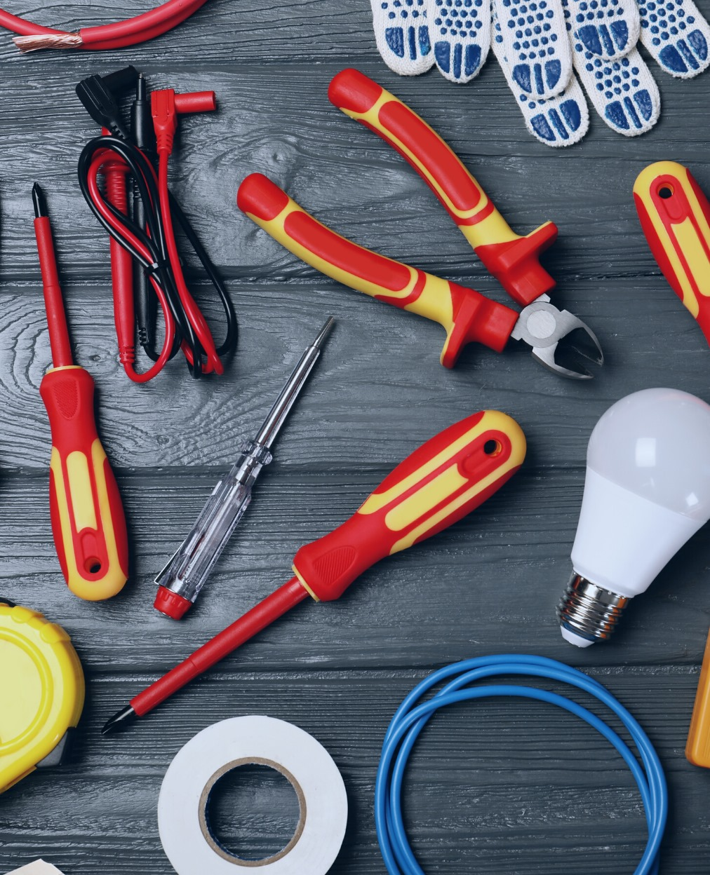 Local Electricians in London with electrical equipment
