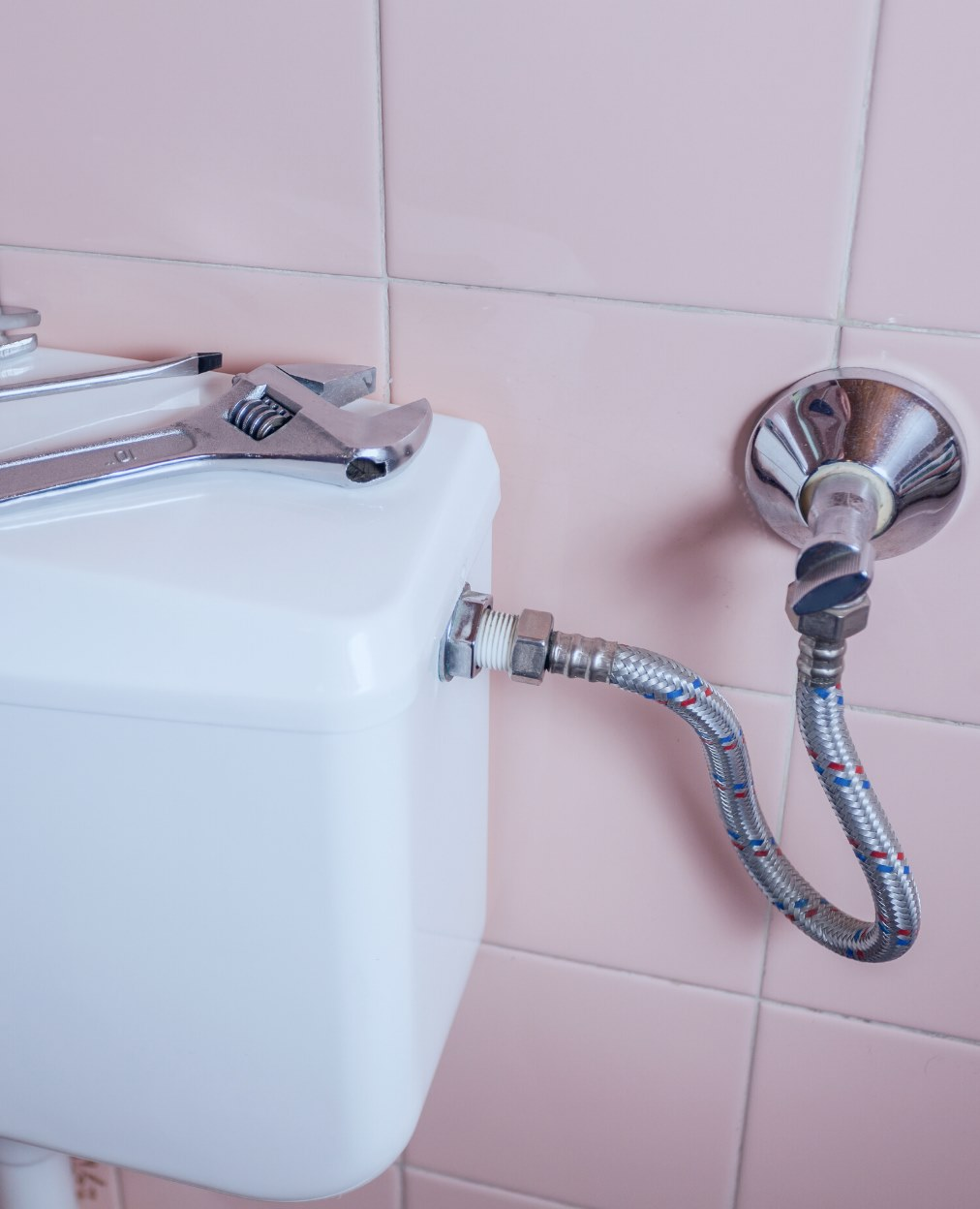 Toilet Plumbing in London