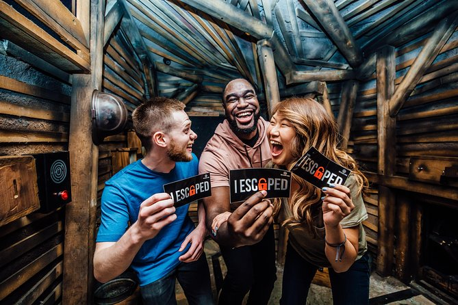 solve puzzles at the gold rush escape room
