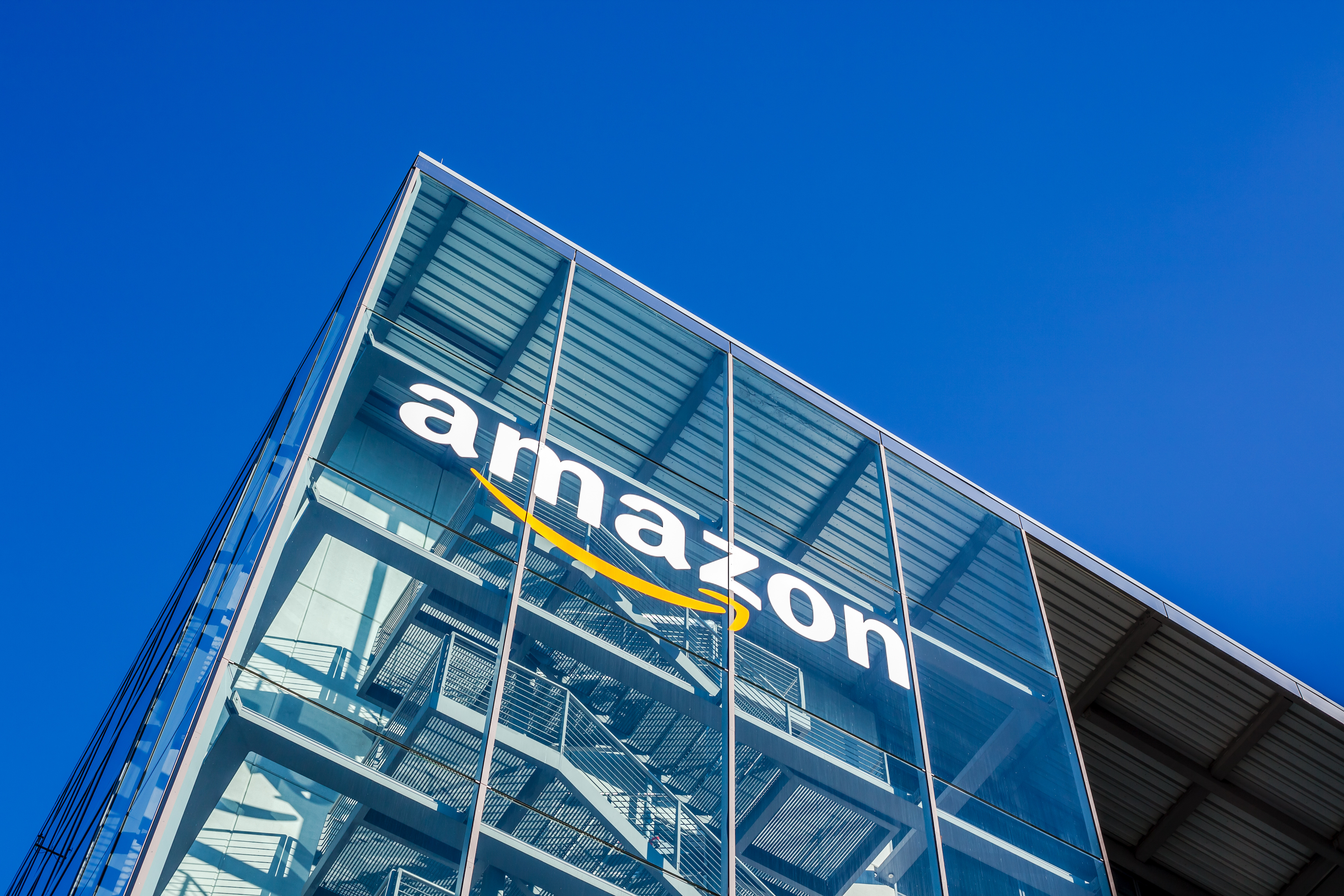 Amazon Prime Day took center stage this week, illustrating how the continued chaos in ocean freight is slowing down global supply chains. A deeper dive into Amazon's Prime Day, Elon Musk, DP World and Virgin Hyperloop interest in container transport, and other news that is impacting global trade in this week's Friday Five!