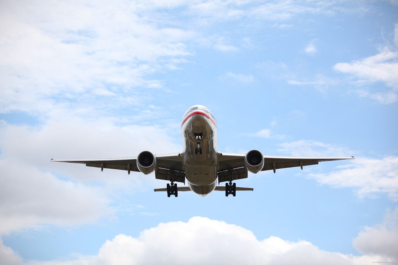 This week's top stories in supply chain and logistics: Travel ban to impact air cargo, UPS appoints new CEO, China imports hit four-year low, WESCO makes more acquisition moves, and XPO to buy part of UK business from Kuehne + Nagel.
