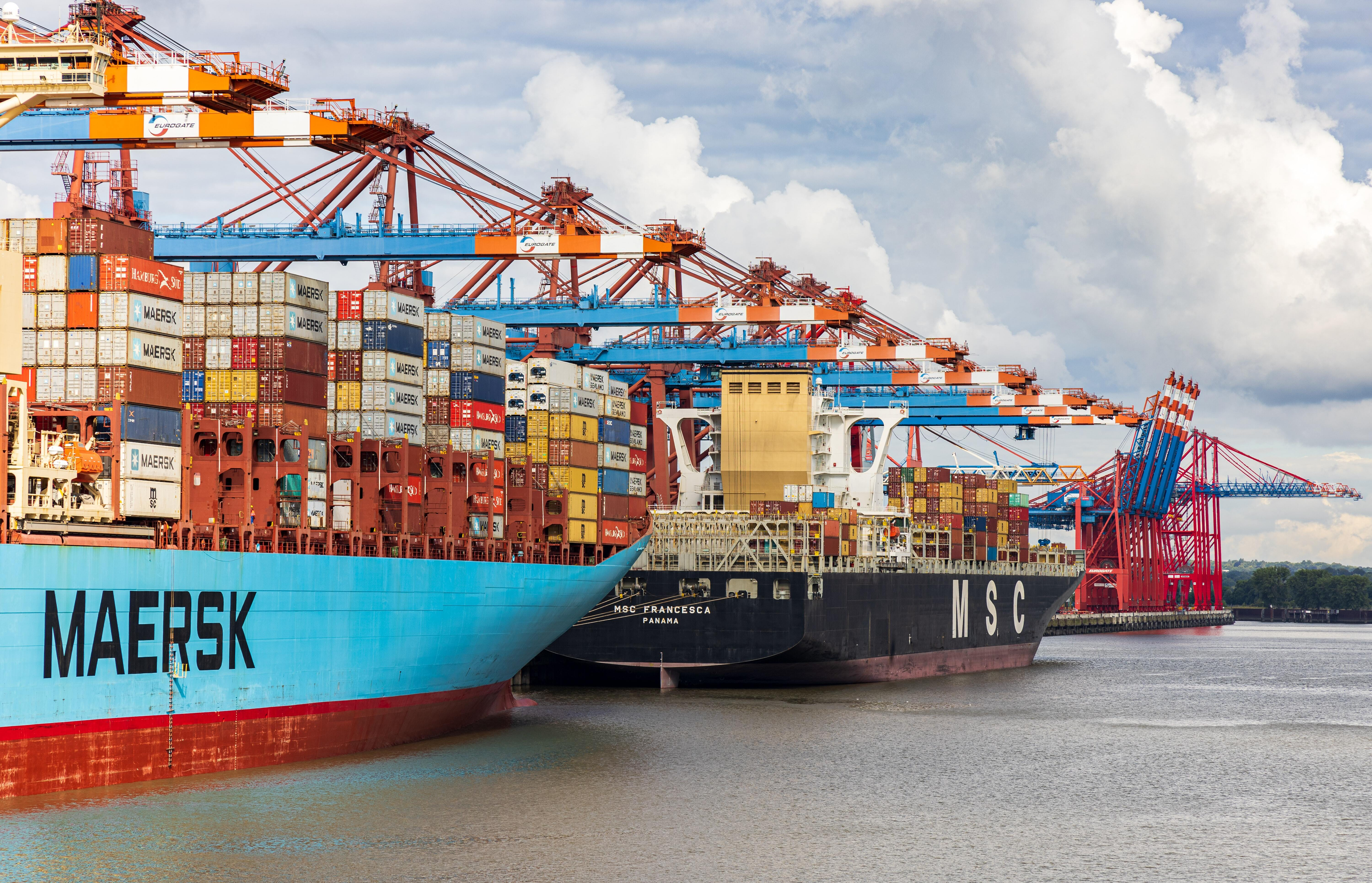 A top 10 global freight forwarder with over 60,000 monthly FCL carrier bookings and space allocations partnered with Slync.io to improve their operational efficiencies for ocean carrier bookings