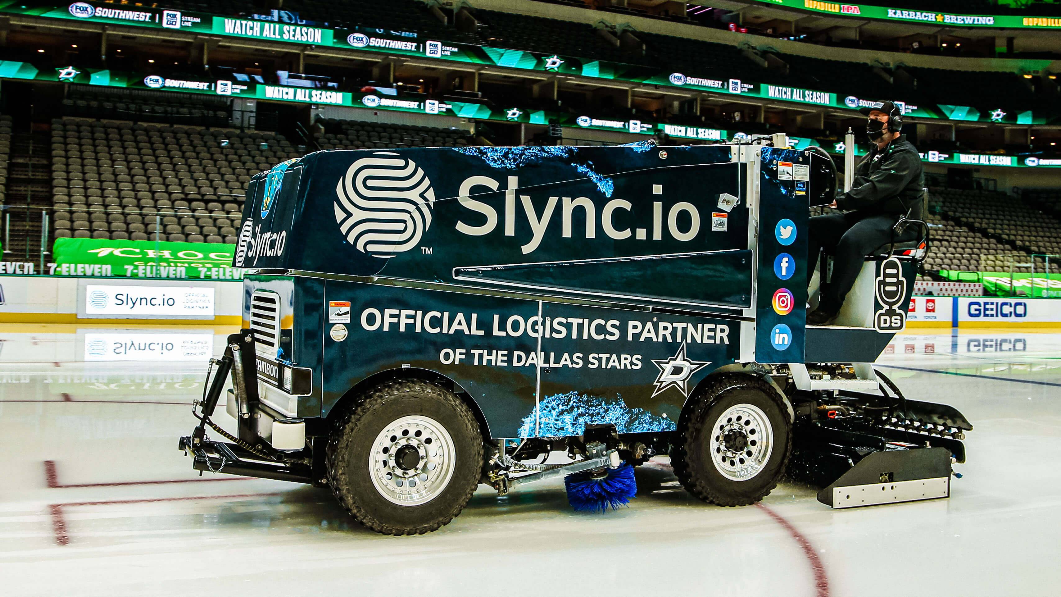 Slync.io is proud to be the official logistics partner of the Dallas Stars. The Slync zamboni ensures smooth skating for every game at the American Airlines Center, win or lose.