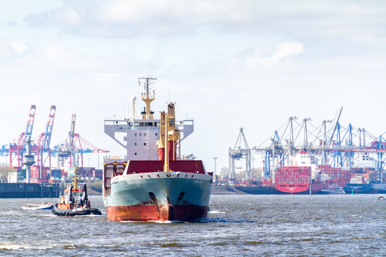 Join us on September 30 to analyze the latest surge ports are confronting, how long the surge might last, which ports are handling it best, and why.