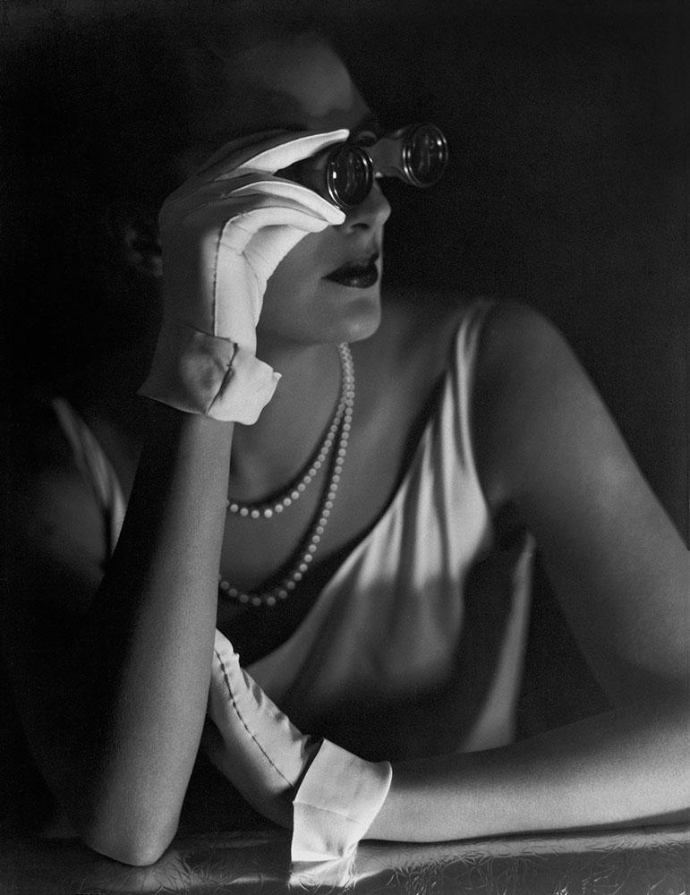 Agneta Fischer modeling evening gloves, 1931