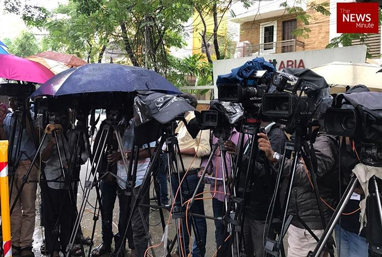 Less women in Indian newsrooms, men get to do more 'serious' news: Study finds