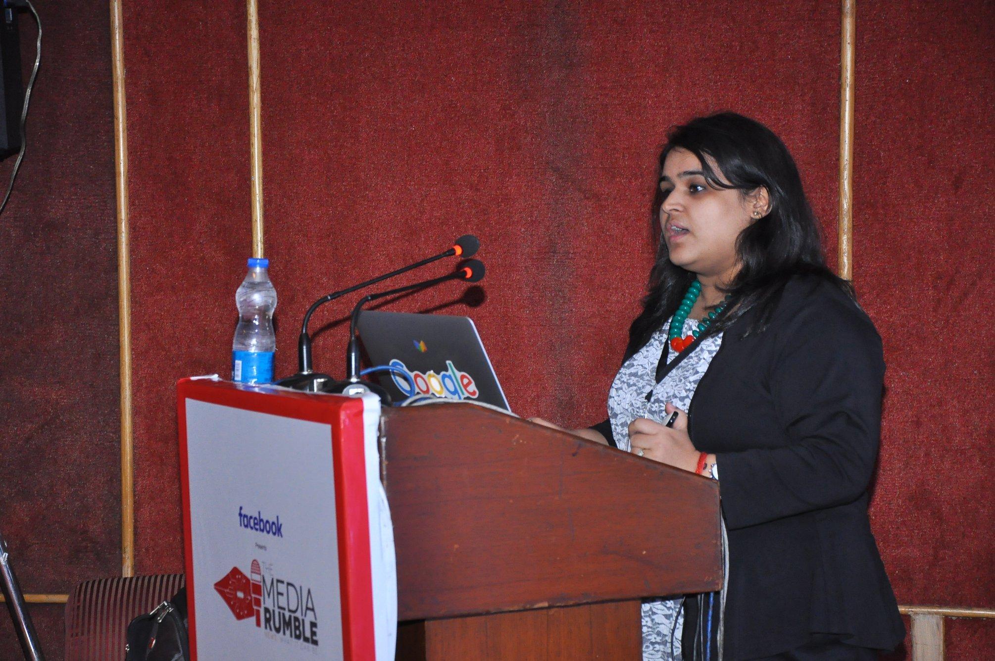 Surabhi Malik, a Google News Lab Teaching Fellow