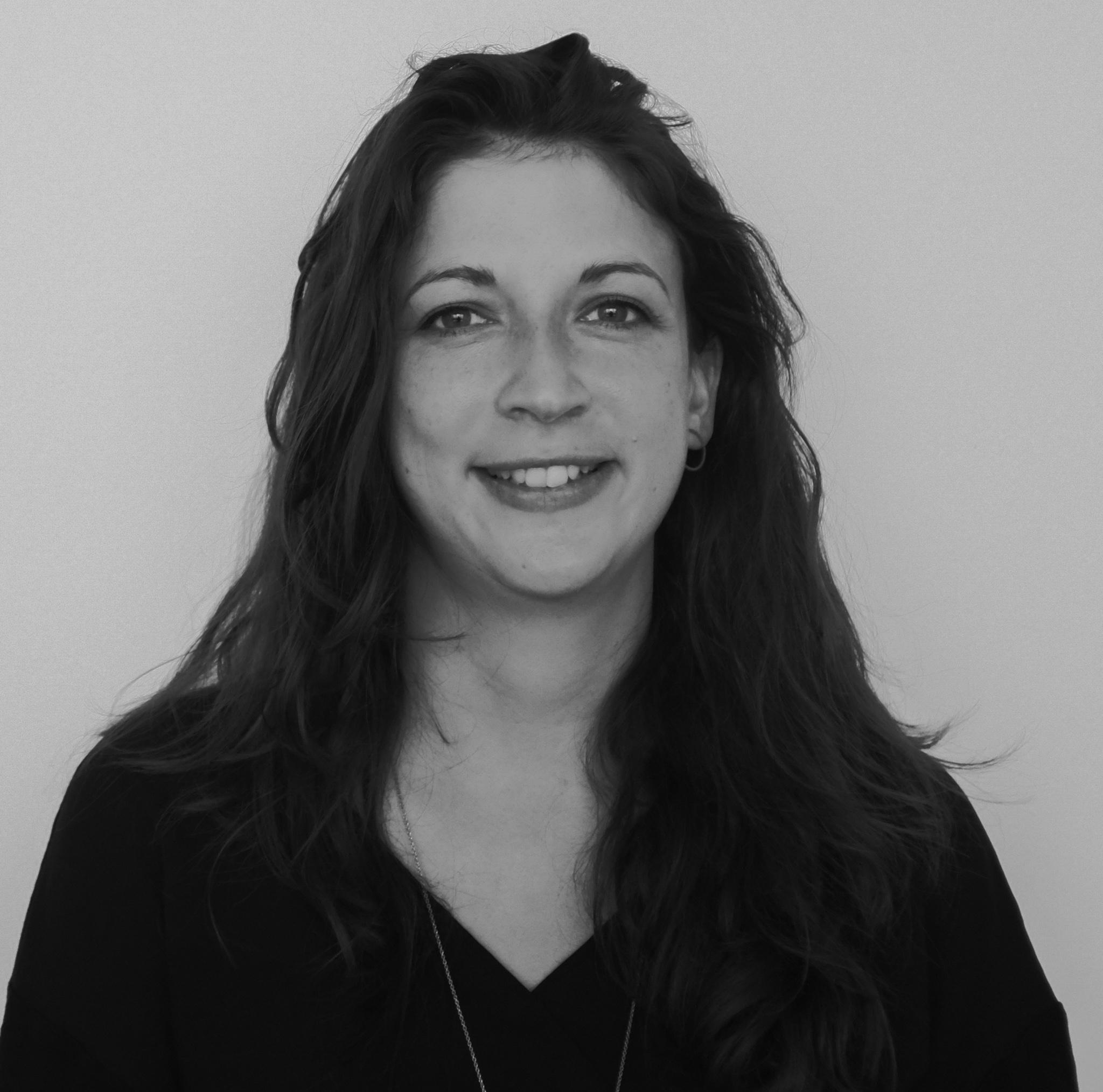 team-member-photo-Cathy