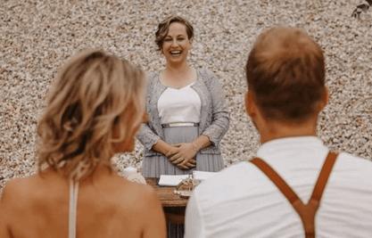 RETTIkonfetti - Freie Traurednerin Steffi