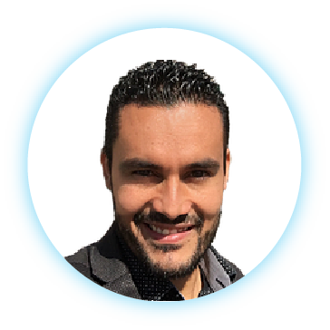 Leandro Oviedo CEO of aztrategy a digital agency for startups and consultant for business service