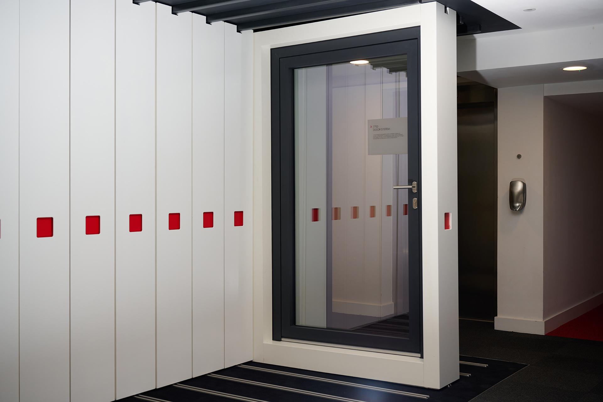 77ID Door Open-Out