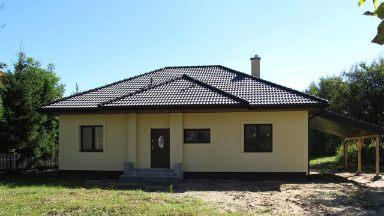 dom parterowy z keramzytu w cenie 279 tys PLN, z orynnowaniem i podbitką