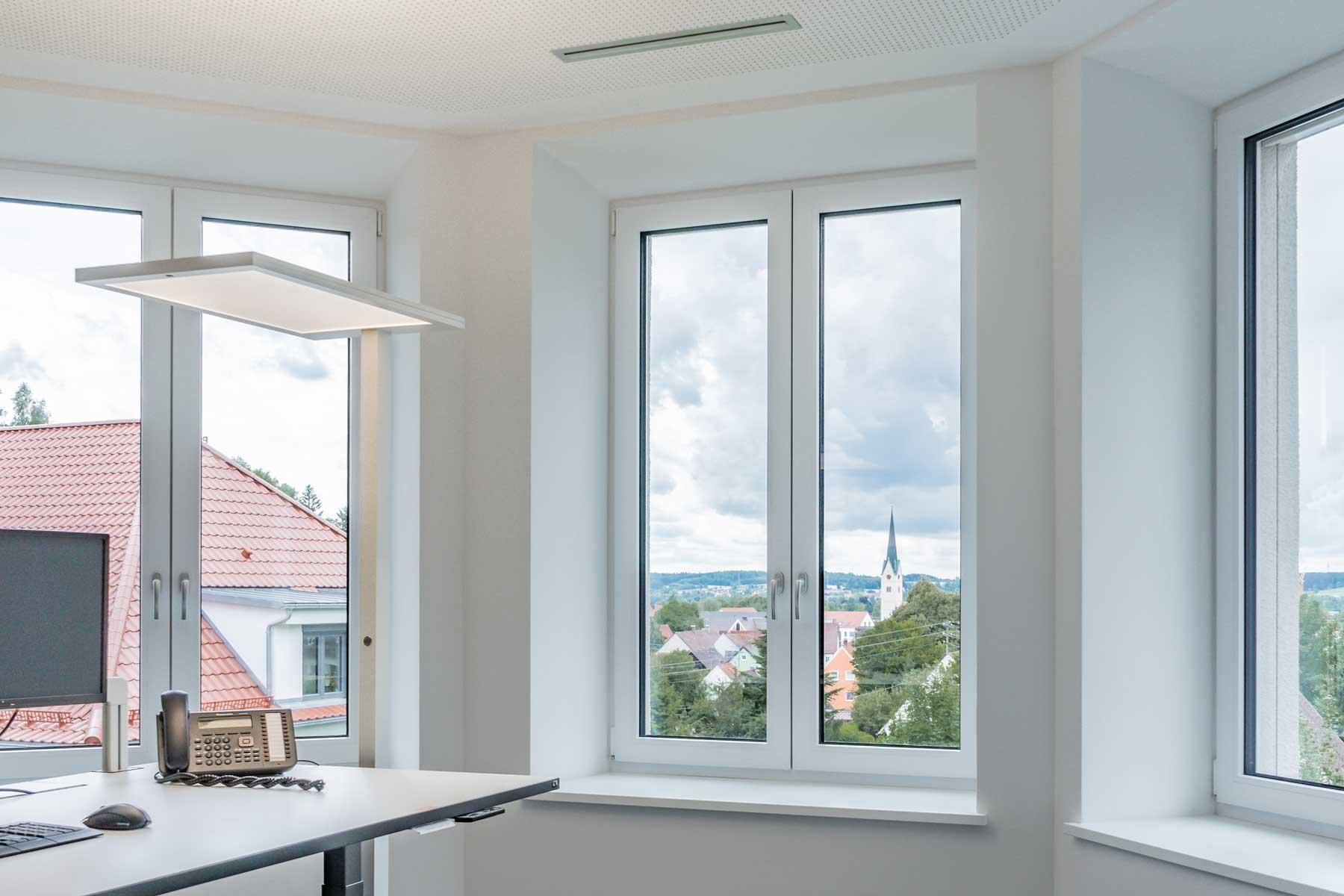 Aussicht aus dem Büro auf Thannhausen