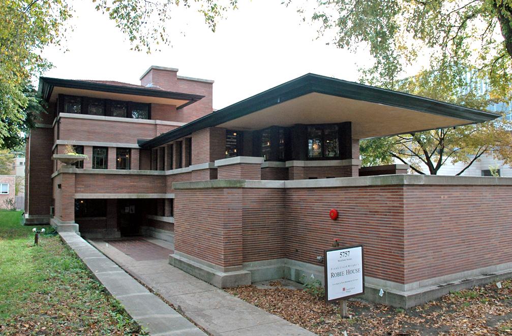 Robie House designed by Frank Lloyd Wright