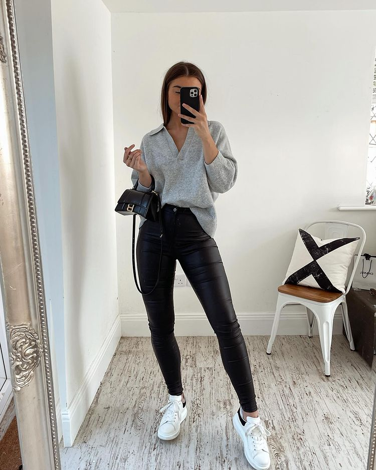 @fashionbyind