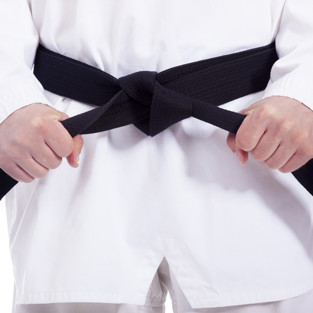 Tying your black belt