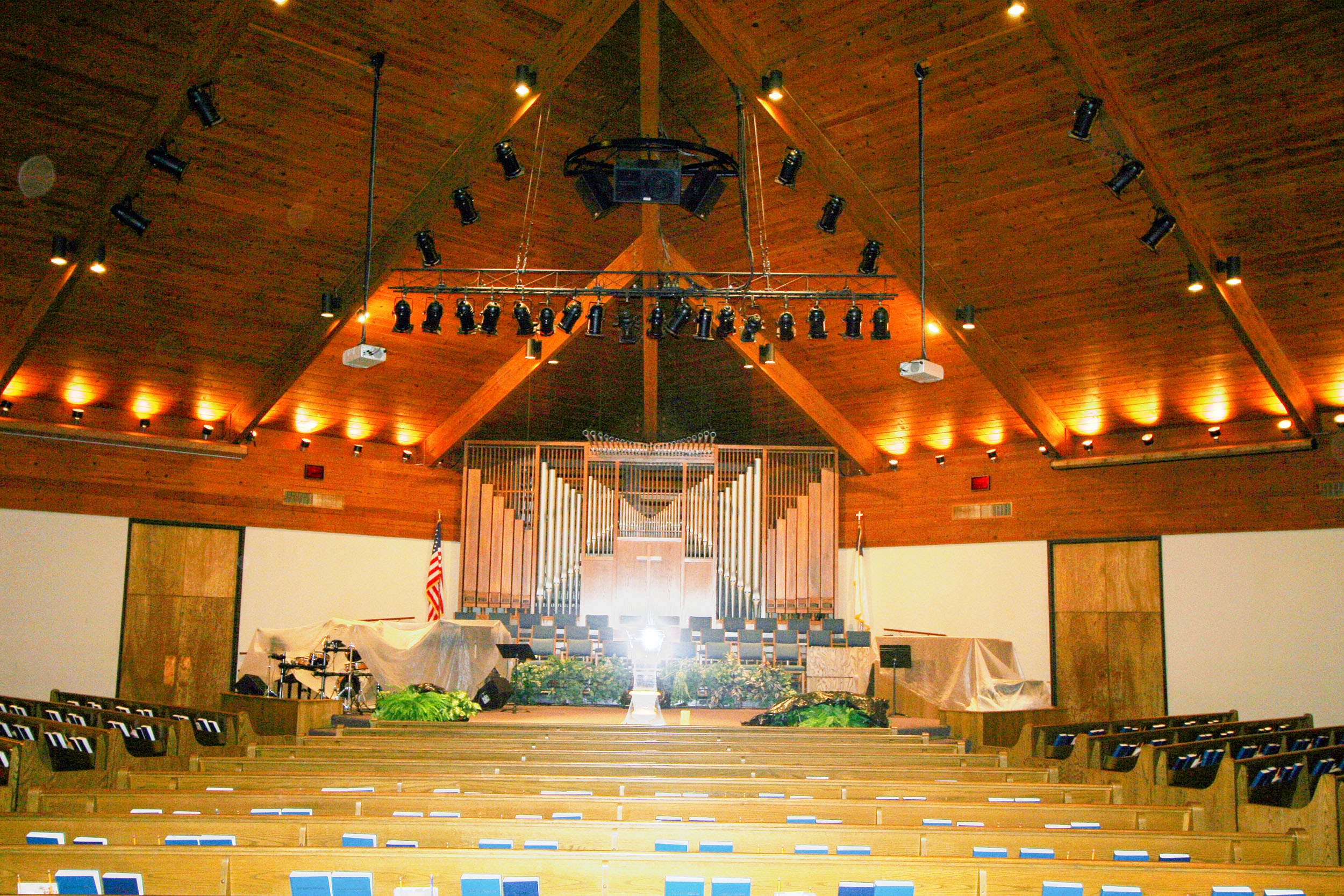 Parkview Auditorium before renovation