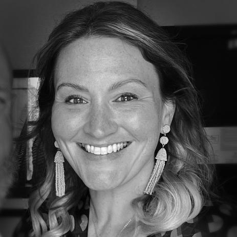 Sarah Lenger headshot