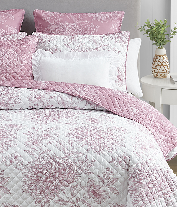 Mytex Home Fashions Product Quilts