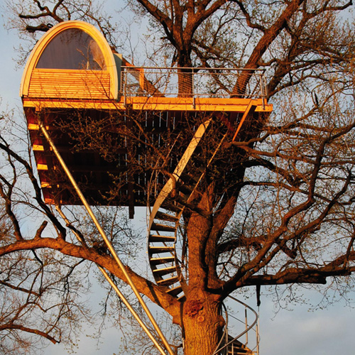 A unique tree house constructed for a family using Flexijet 3D to measure the supporting tree and residence connection, thumbnail image.