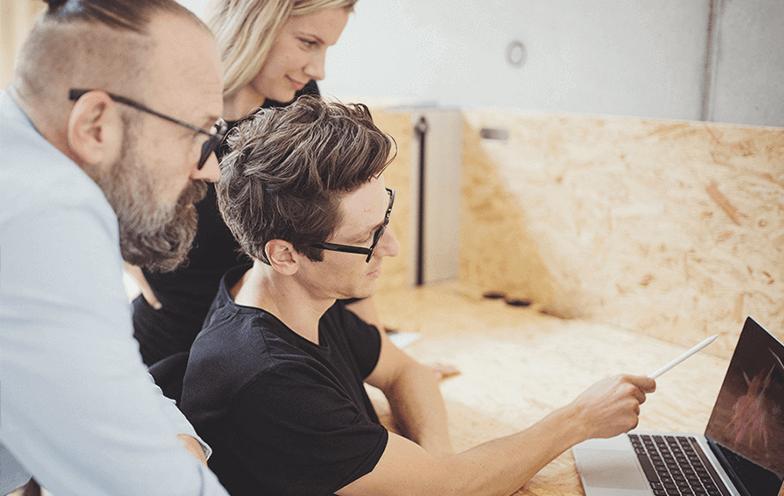 Grundlagen zur korrekten Ermittlung von Grundflächen und Rauminhalten im Bauwesen und die Grundsätze der Mengenermittlung Kostenberechnung.